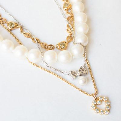 colgante de perlas y cadena