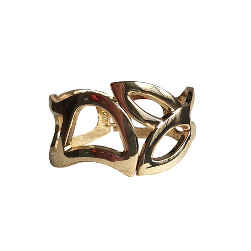 pulsera de metal dorada