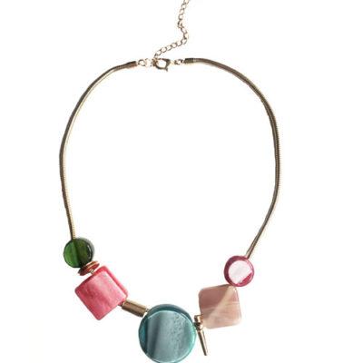 collar de resina con cadena