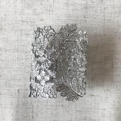 pulsera bijoux metal plateada