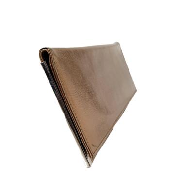 bolso de mano color bronce