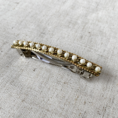 hebillas de cadena doradoa con perlas