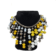 collar amarillo y blanco