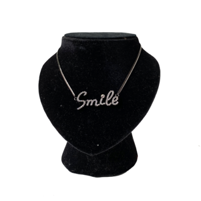 collar corto smile