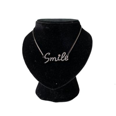 Collar Smile
