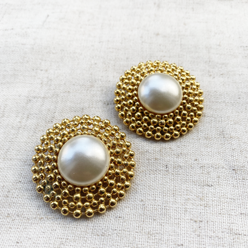 aros redondos de perlas con clip