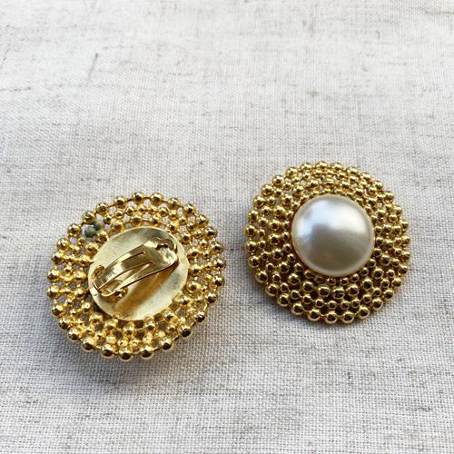 aros de clip con perlas