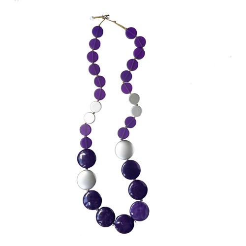 collar largo color violeta