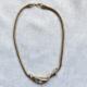 collar corto dorado
