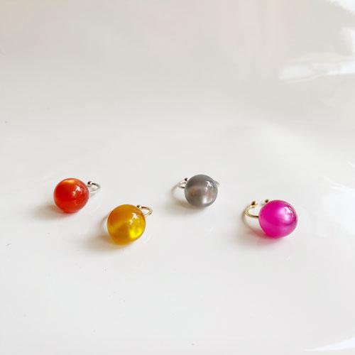 anillos de resina