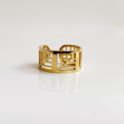 anillo dorado calado
