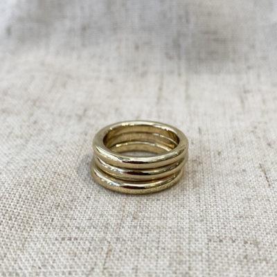 anillo dorado