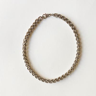 collar corto cadena plateada