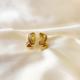 aros pequeños semi argolla dorado