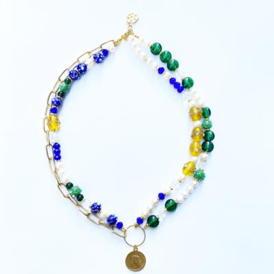 collar de dos vuetlas con perls y cristales