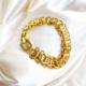 pulsera dorada candados