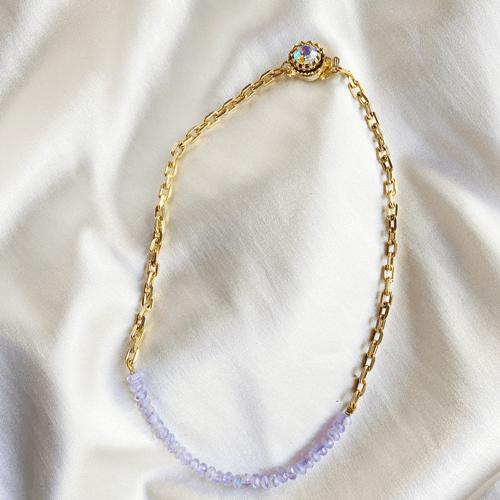 collar con cadena y cristales