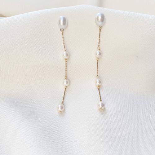 aros largos de perlas