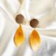 aros naranjas y beige sin brillo
