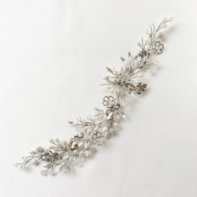 tocado para novia con metal plateado y cristal