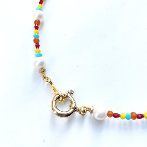 collar multicolor perlas con cristales