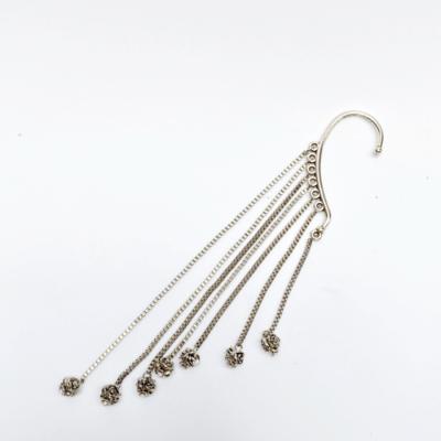 ear cuff cadena plateada